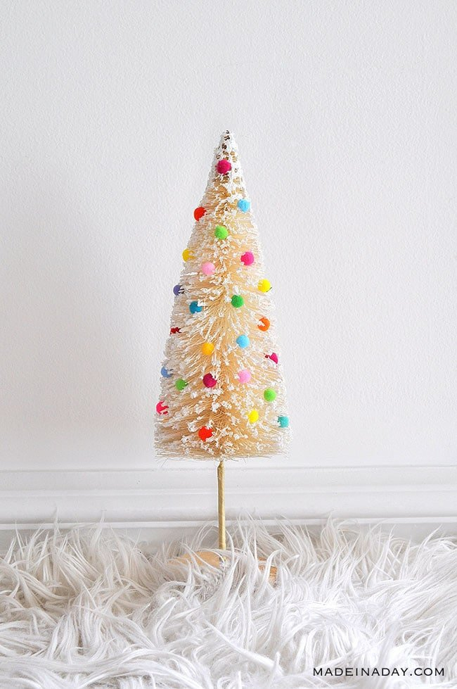 Mini Pom Pom Sisal Tree