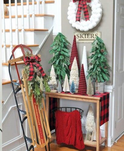 Adorable Buffalo Plaid Christmas Forest Entryway 35