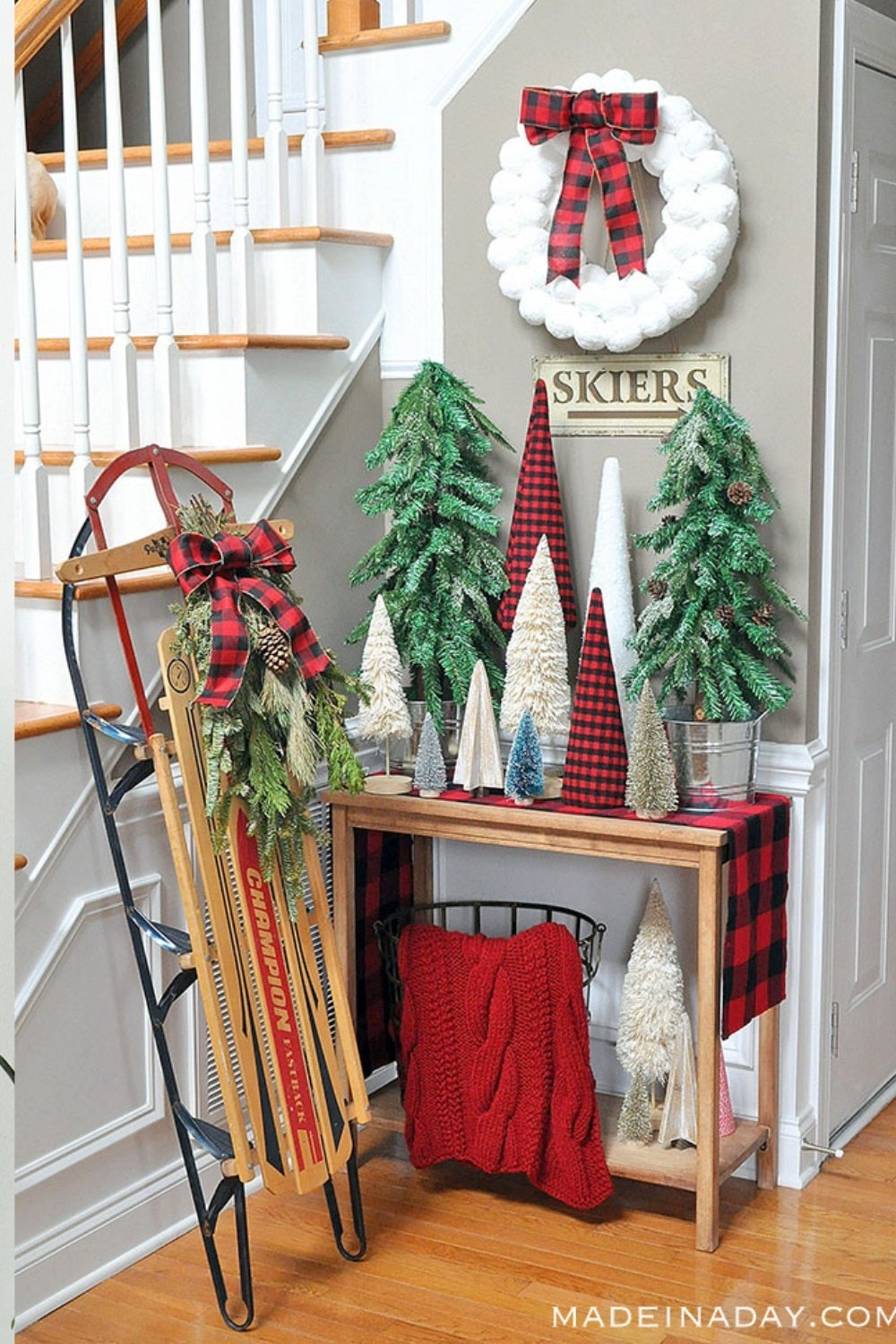 Adorable Buffalo Plaid Christmas Forest Entryway