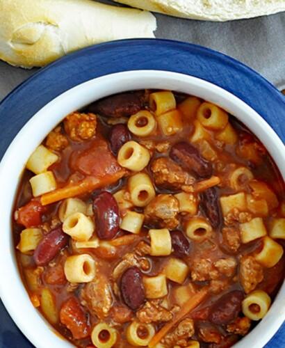 Hearty Pasta e Fagioli Italian Soup Recipe 32