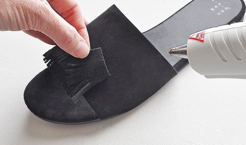 add fringe to sandals, black fringe sandals