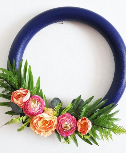 How to make a Stunning Navy and Pink Tropical Spring Wreath 34