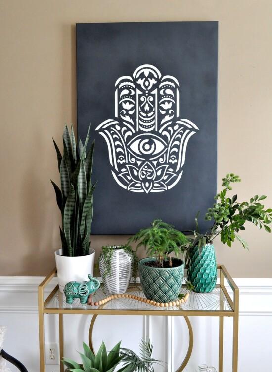How to make Hamsa Palm Mandala Wall Art using a Stencil 7