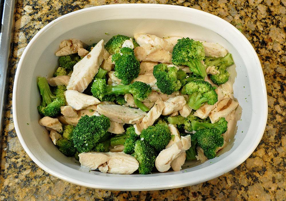 Delicious Cheesy Chicken Broccoli Bake Casserole 2