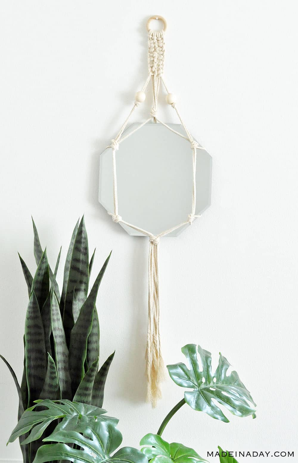 picture relating to Free Printable Macrame Plant Hanger Patterns identify Stylish Do-it-yourself Bohemian Macrame Replicate Wall Striking Developed within just a Working day
