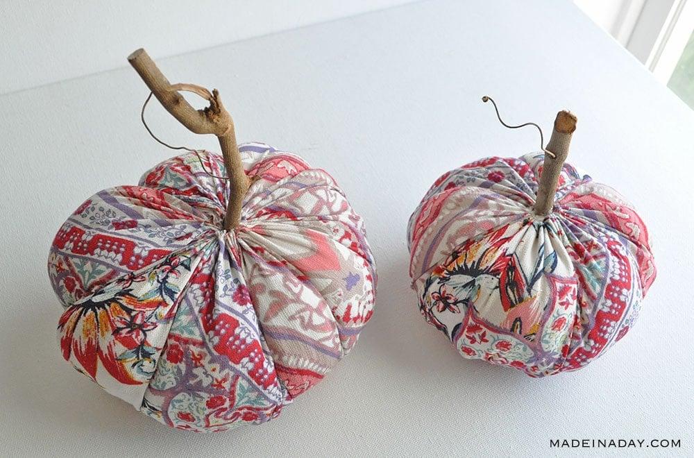 How to sew a pumpkin, Handmade pumpkin home decor, cloth pumpkin