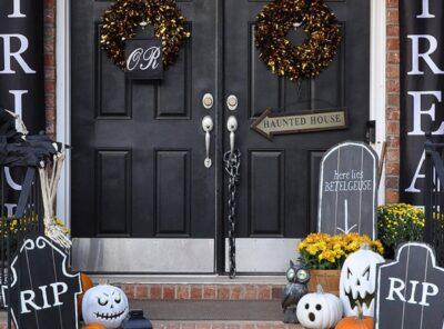 Spooky DIY Halloween Chalkboard Tombstones
