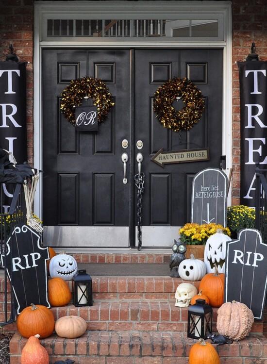 Spooky DIY Halloween Chalkboard Tombstones 7