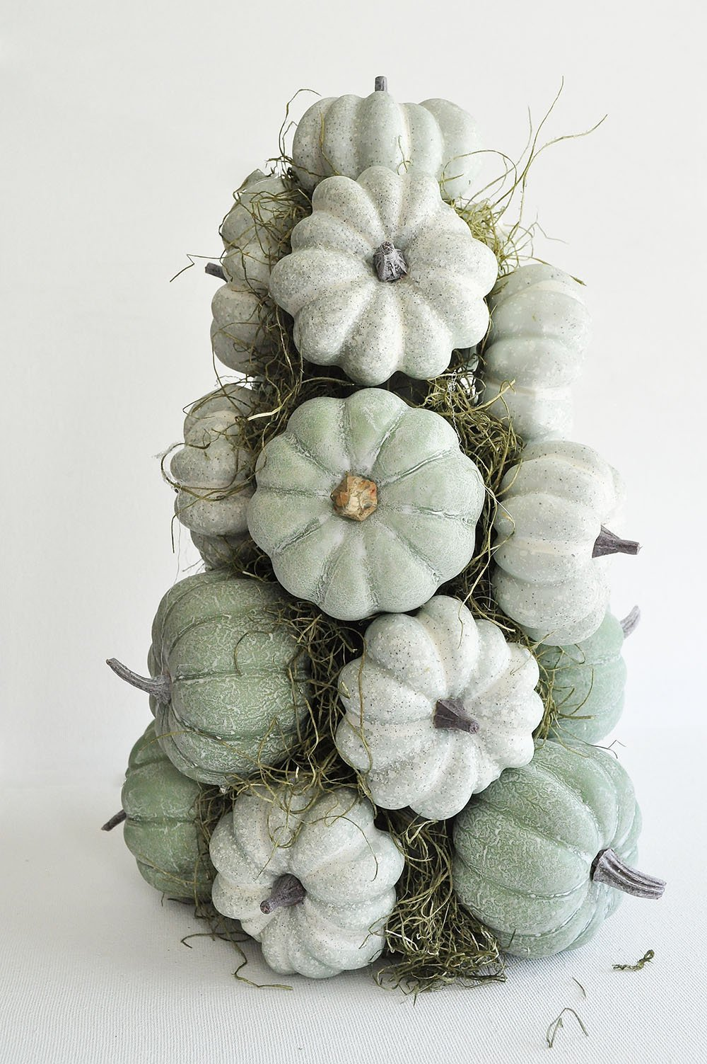 DIY Fruit topiary with Pumpkins, Green Pumpkin Topiary, white pumpkin topiary, farmhouse topiary