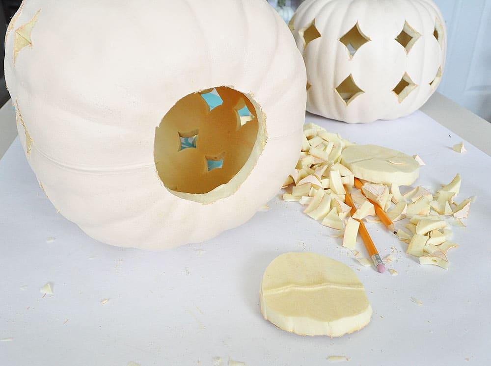 clean out a faux pumpkin, how to carve a foam pumpkin