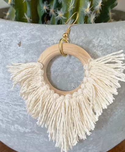 Effortless DIY Statement Circle Fringe Earrings 2