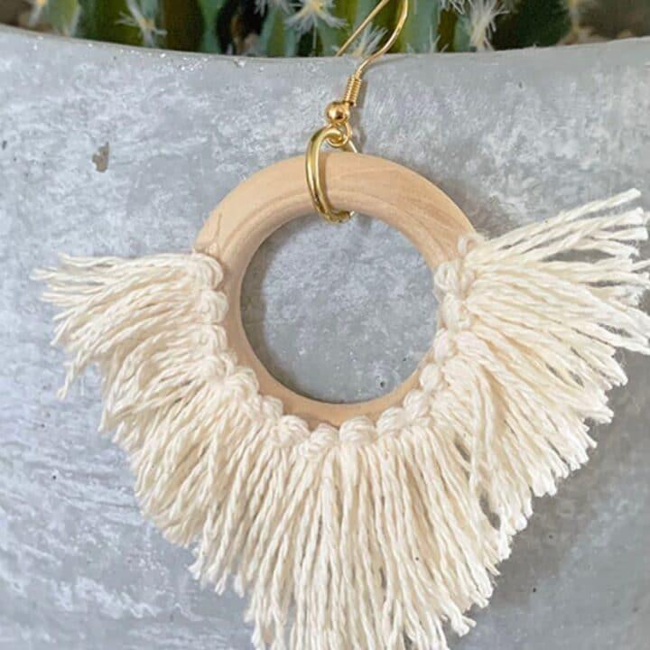 DIY Dangle Cowrie Shell Earrings 9