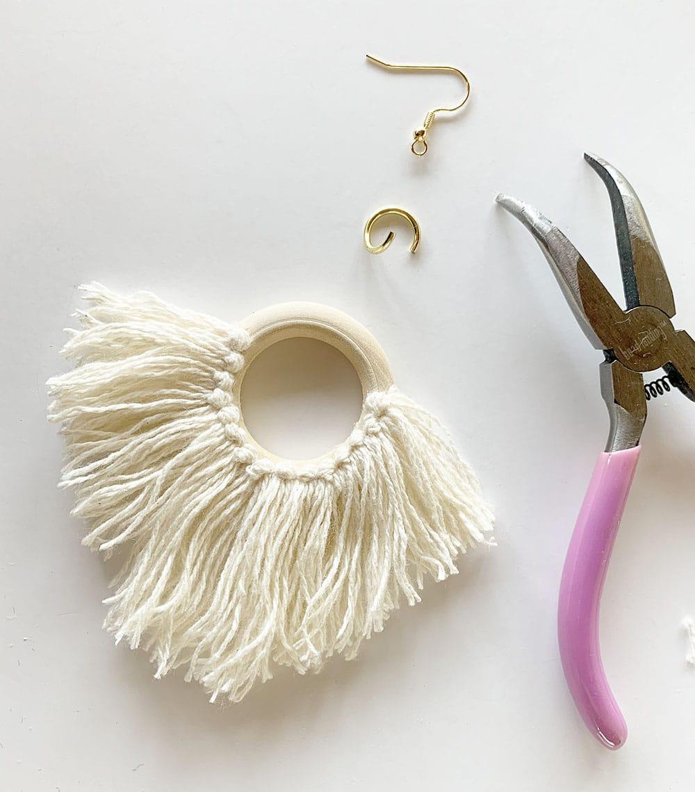 circle tassel earrings, fringe tassel earrings, trendy fringe earring, boho style earrings, global style earring