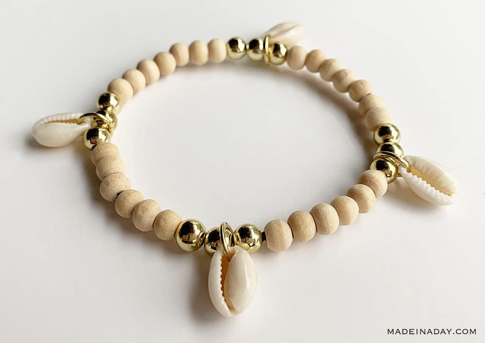 Wood bead Bracelet with Cowrie shell charms, Cowrie Shell Charm Bracelet, DIY Cowrie shell Bracelet