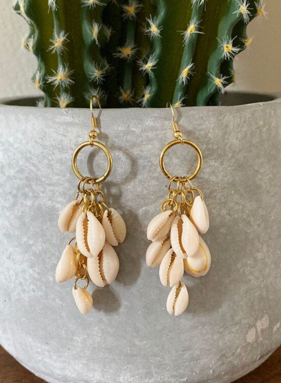 DIY Dangle Cowrie Shell Earrings 3