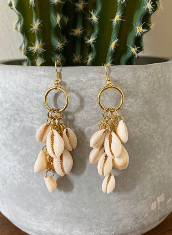 DIY Dangle Cowrie Shell Earrings 35