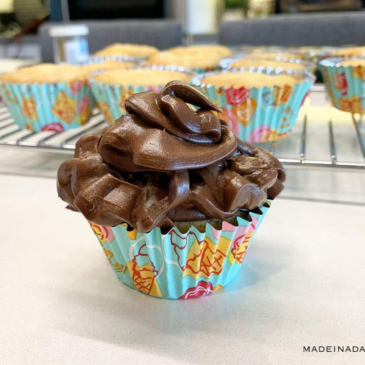 Keto Yellow Cake Cupcakes