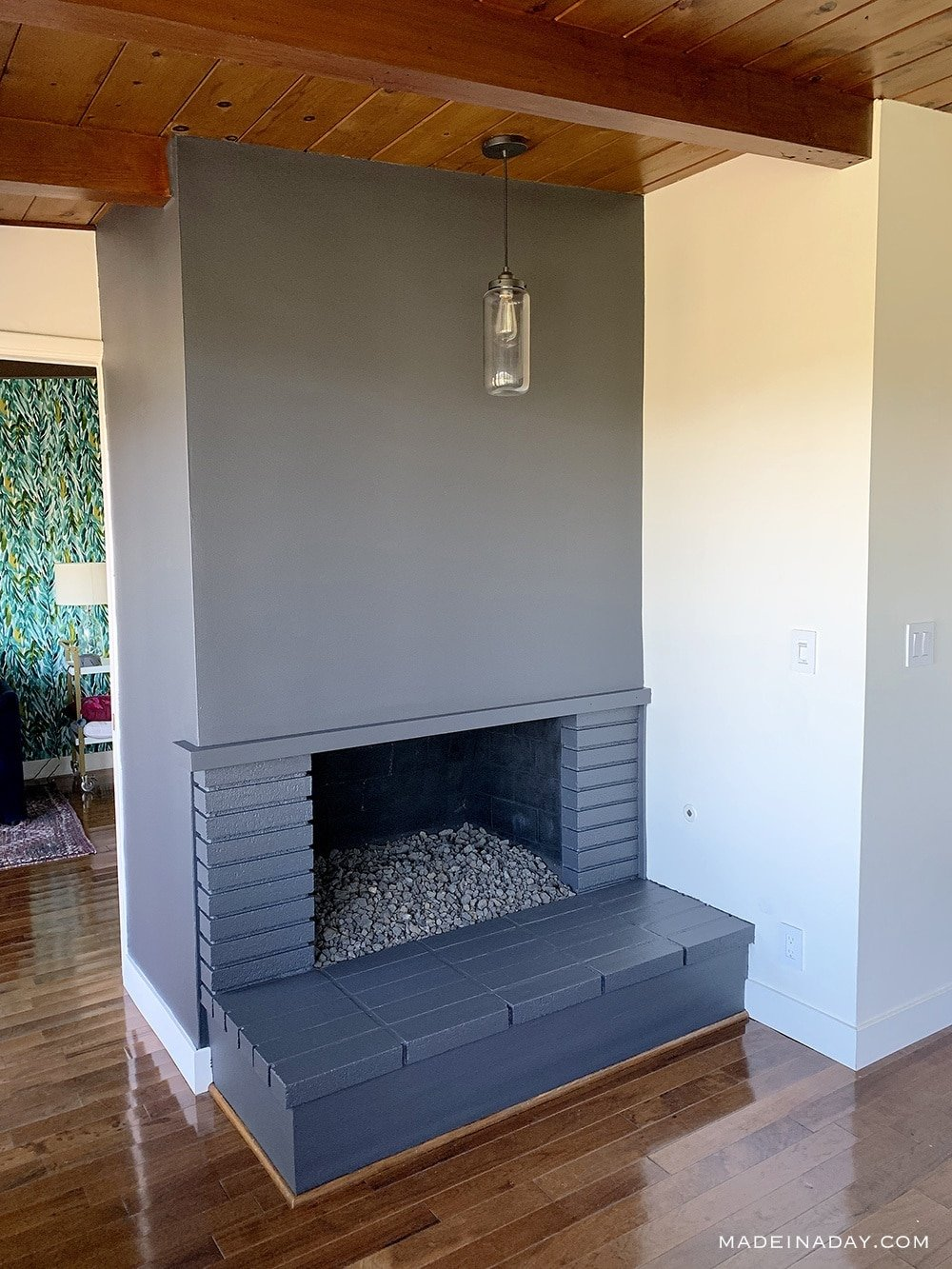 How to Paint a Fireplace, How to Paint Bricks, Painted hearth, mid century modern grey fireplace, paint fireplace same color as wall, fireplace accent wall,