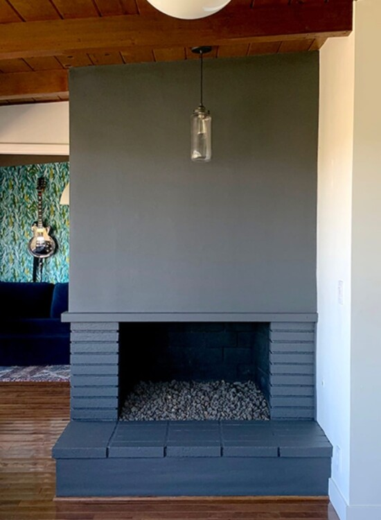 How to Paint a Fireplace: From Vintage to Elegant 6