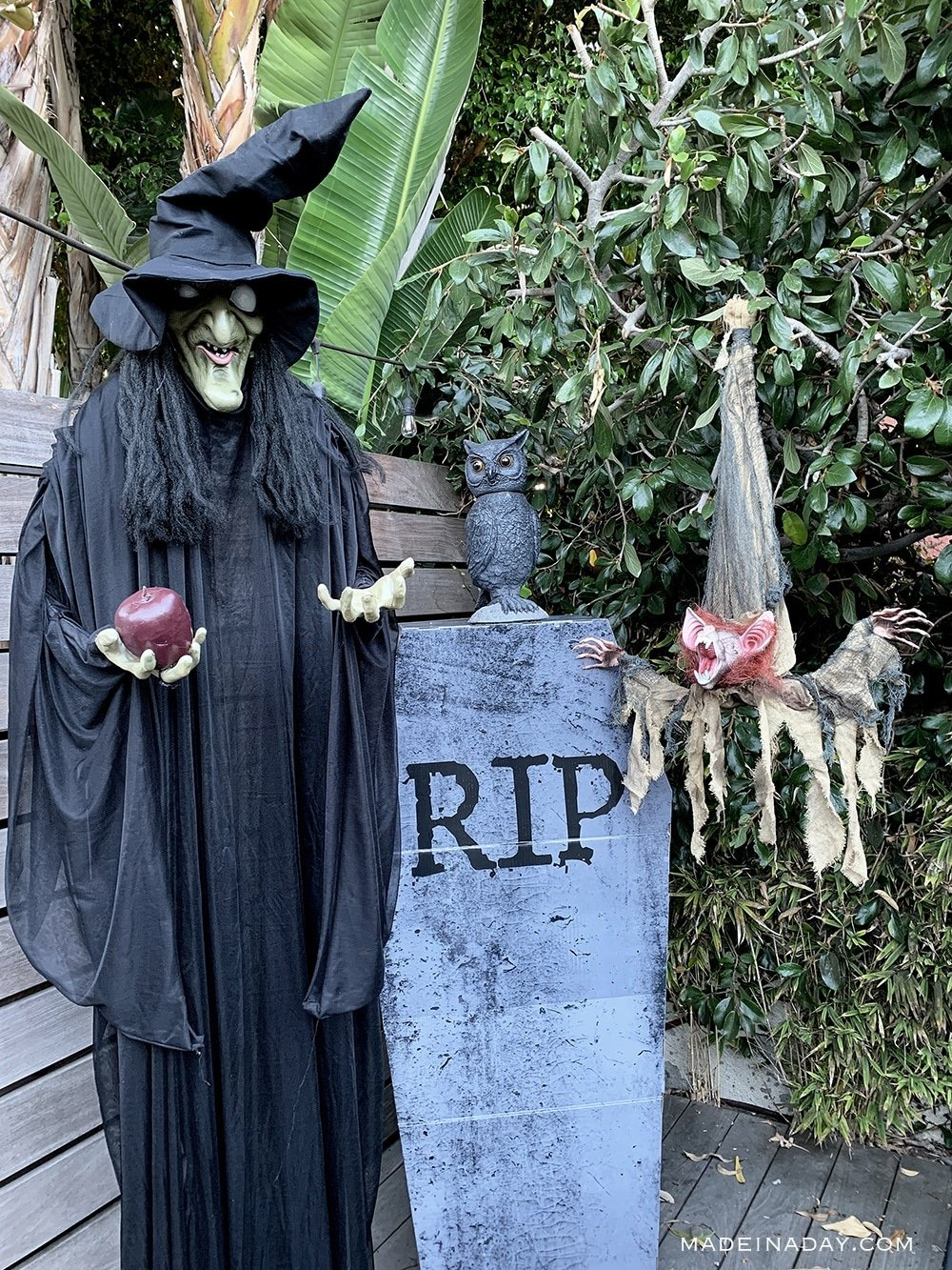 Halloween props, oriental trading Halloween props, witch, coffin, owl, bat