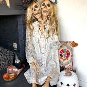 Mesmerizing Two Headed Skeleton Halloween Decor 5