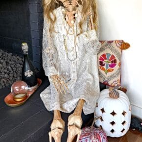 Mesmerizing Two Headed Skeleton Halloween Decor 1