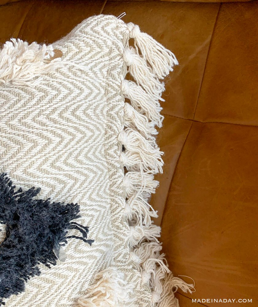 sewing pillows from throw blankets, DIY moroccan throw pillows