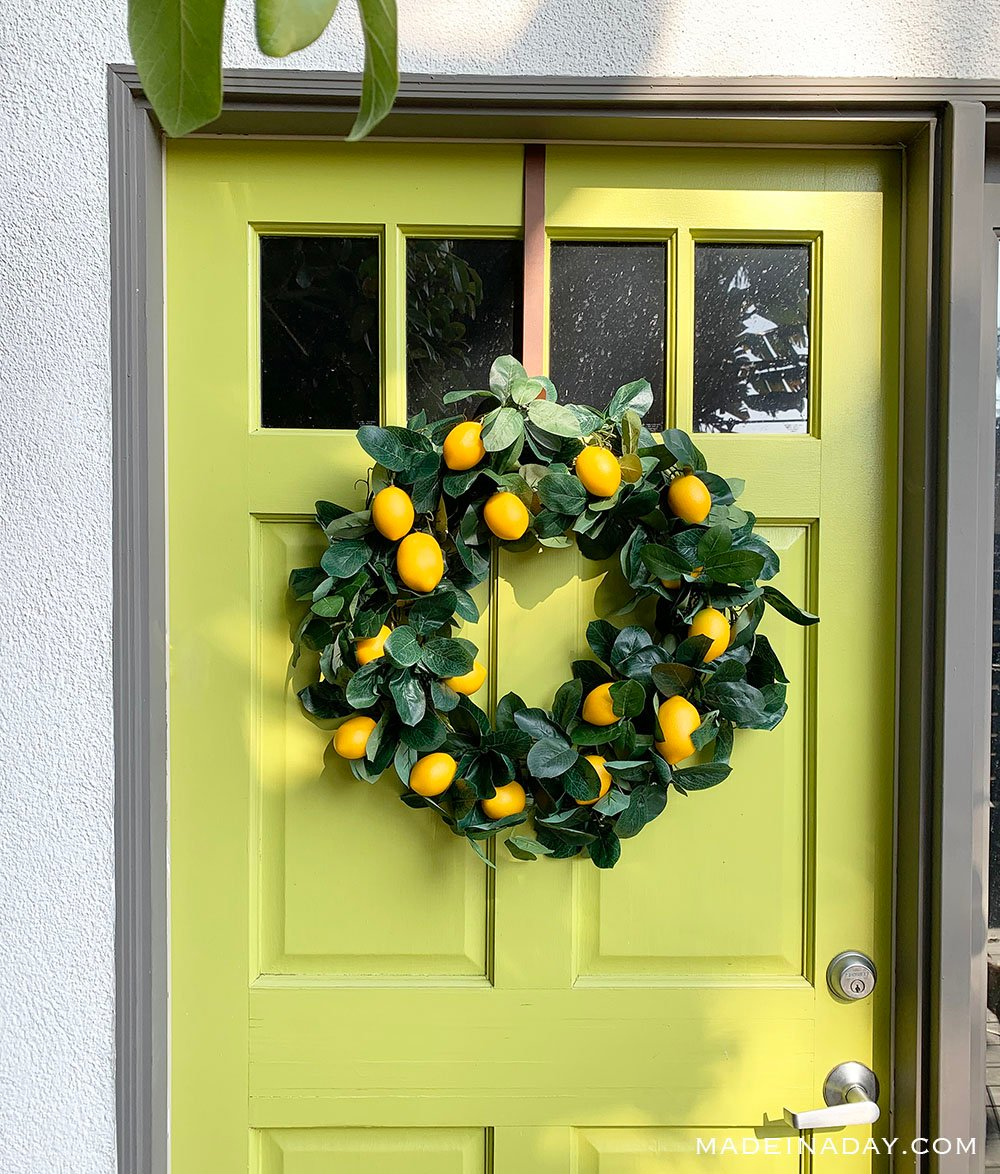 DIY lemon wreath, how to make a fruit wreath, citrus garland wreath