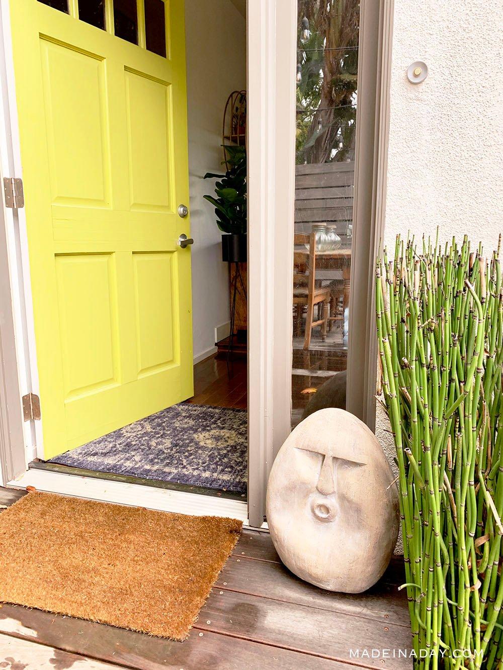 California Bungalow Beach House Entryway, mahalo entryway, easter island statue entryway