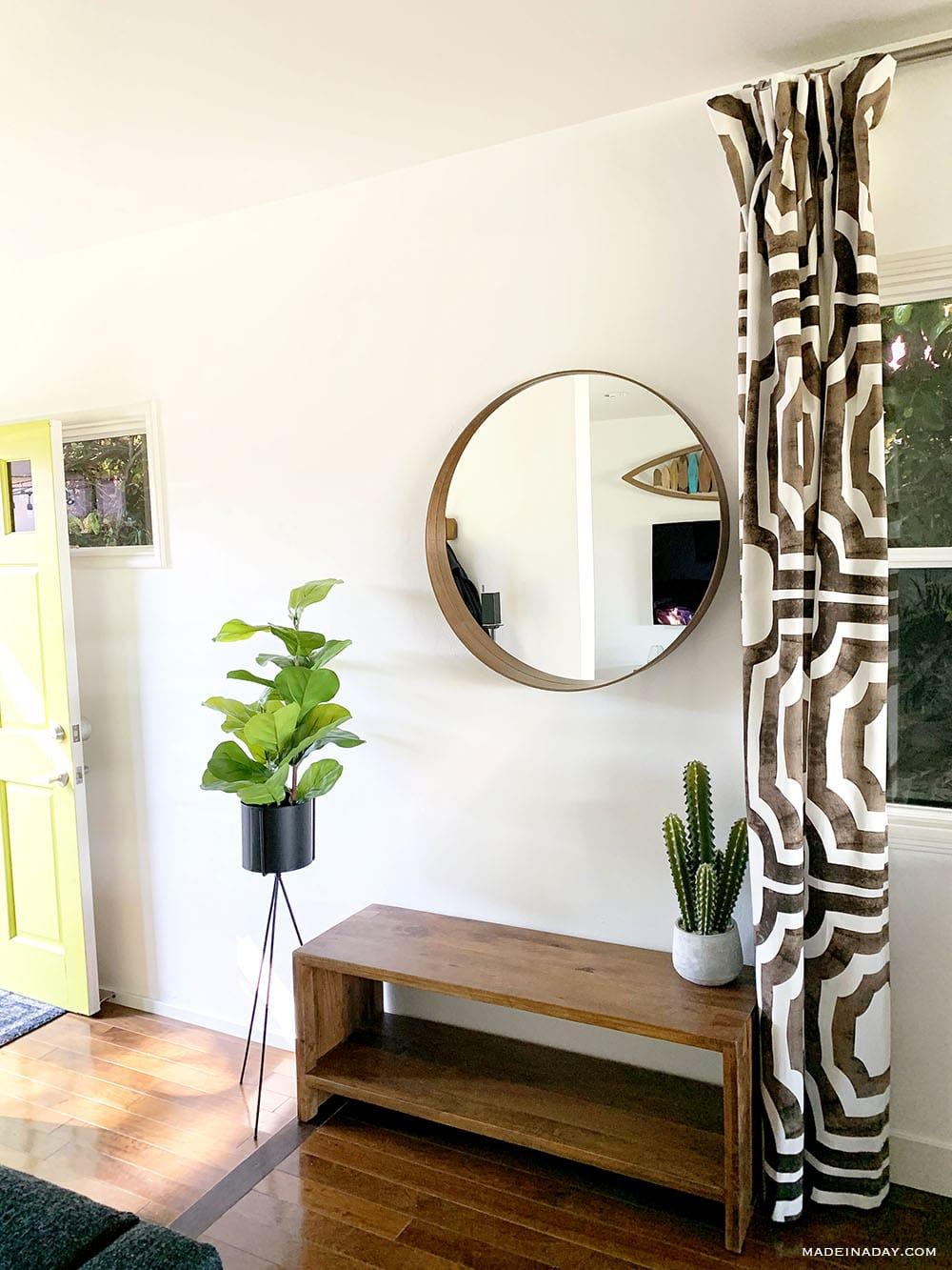 round mirror, beach house entry, surf shack chic entryway, boho surf shack, round mirror entryway, fiddle leaf fig entryway