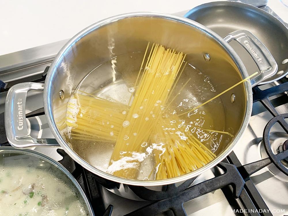 boil pasta for Cacio e Pepe