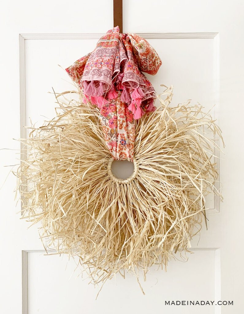 Fall Boho Raffia Wreath DIY, modern boho raffia wreath, pink tassel raffia wreath