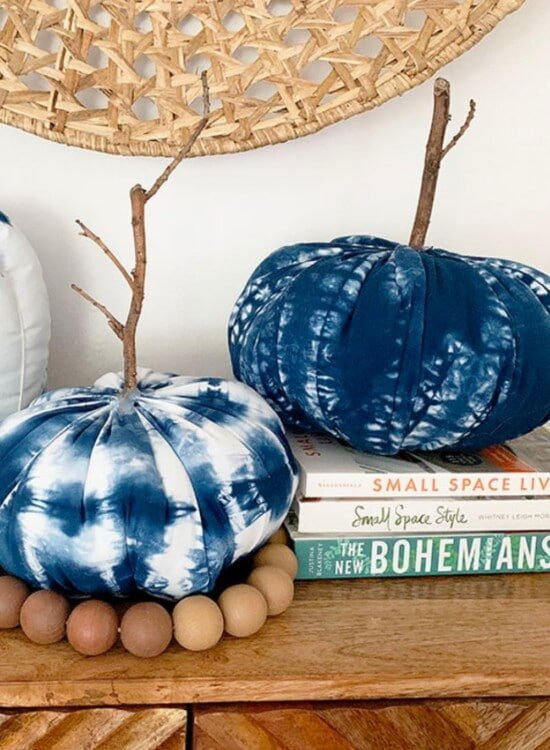 How to Make 3 Shibori Fabric Pumpkins 2