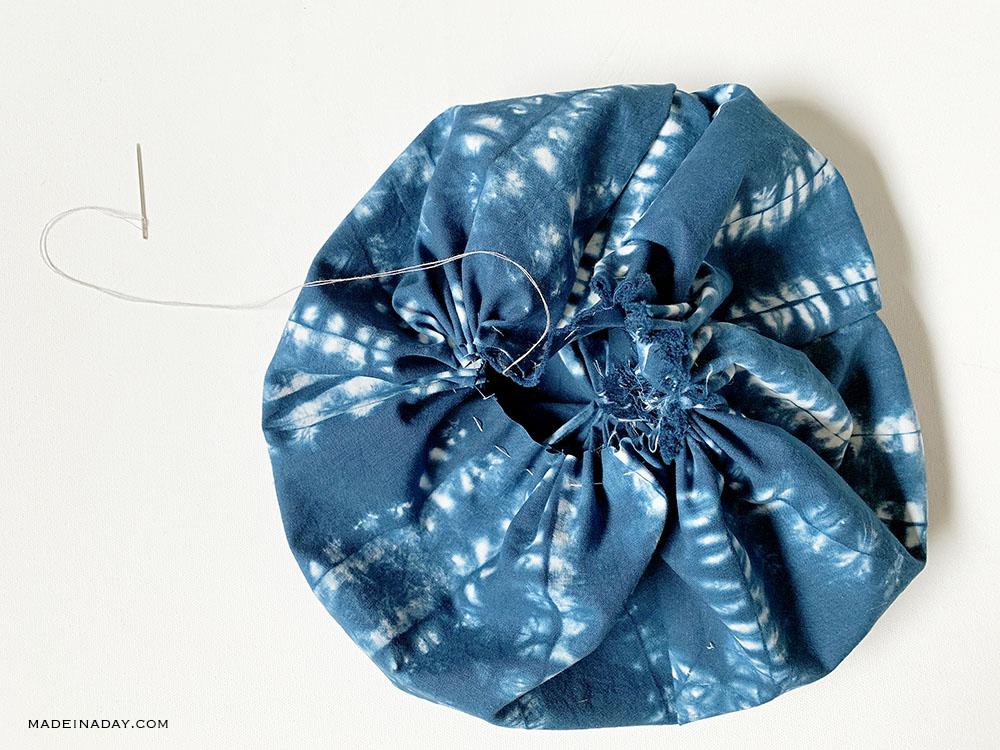 how to stitch a fabric pumpkin, fabric pumpkins diy