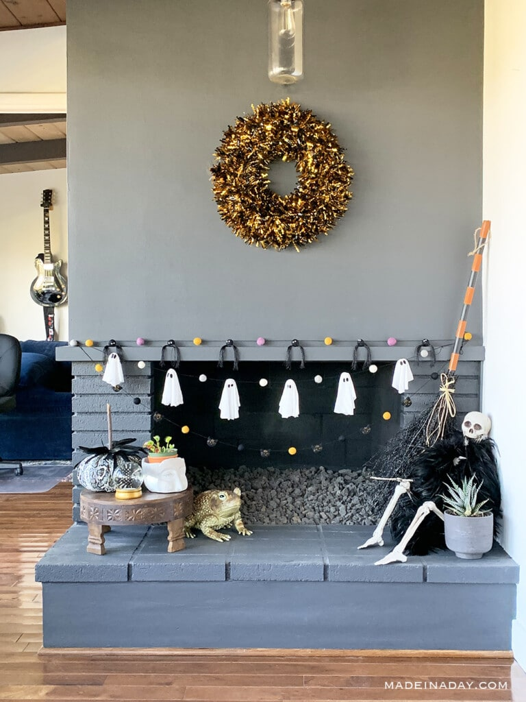 Halloween Felt Ball Garland Mantle