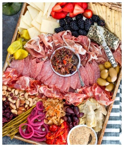 How to Make an Epic Keto Charcuterie Board