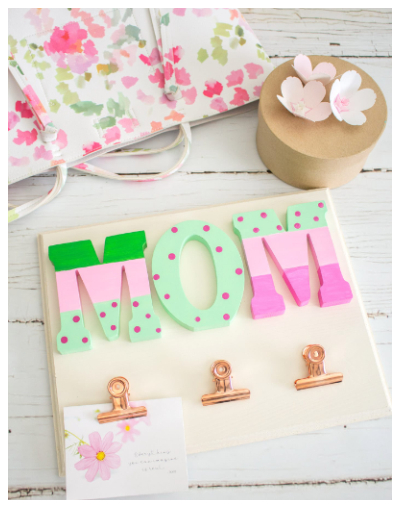 Photo Holder for Mom