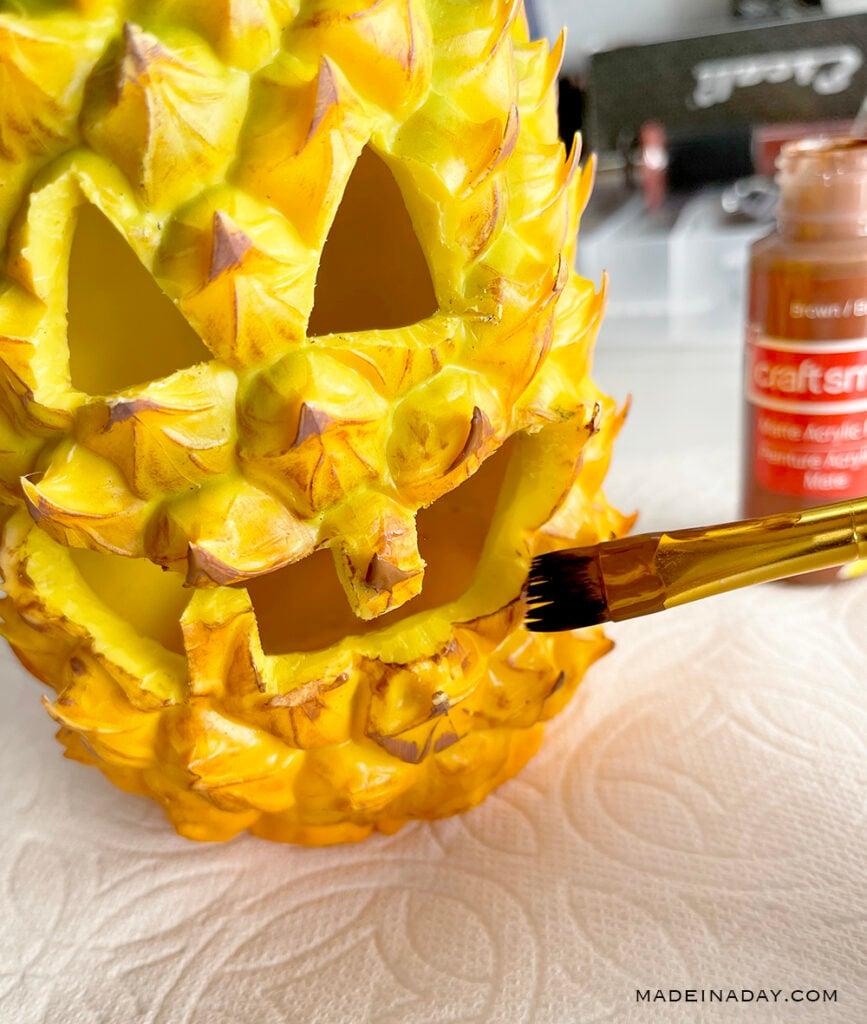paint a pineapple jack o lantern